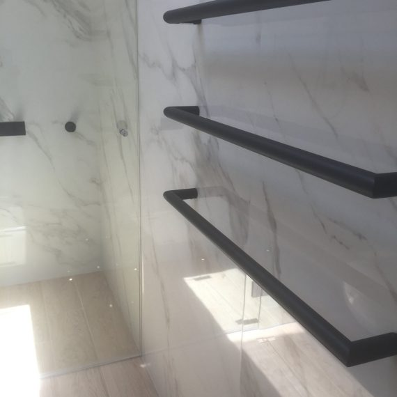 Schaffer Paddington Marble Bathroom Bathroom towel rail Sydney Stonemason