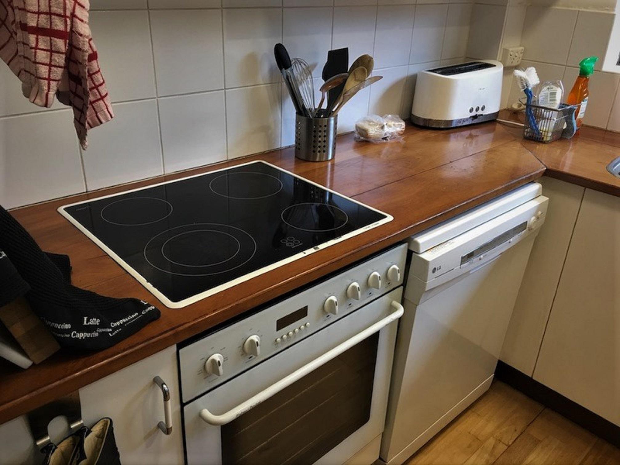 Kitchen Stone Benchtop - Stone Solutions Sydney 3